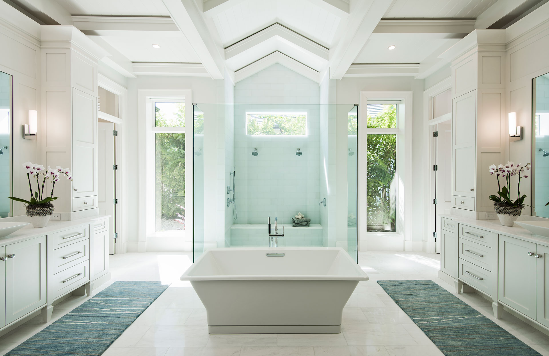 Calusa bay design florida design magazine creating for Florida bathroom designs